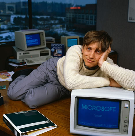 Microsoft Windows 22 yaşında