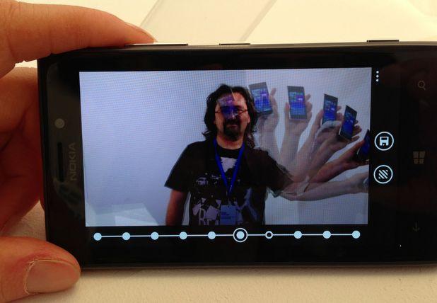 Soldan sağa: Lumia 920, 925 ve 928