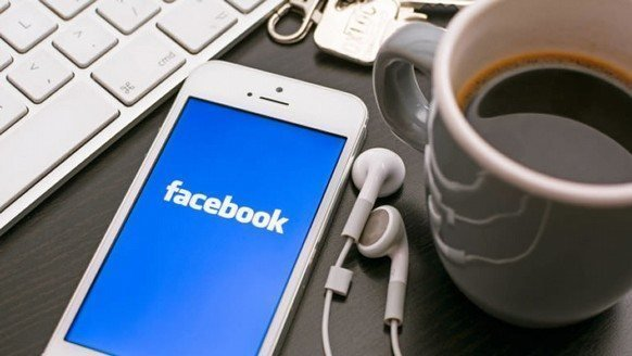 Microsoft'un Facebook hayali suya düşmüş