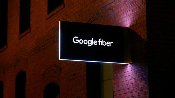 Google Fiber CEO'suz kaldı!