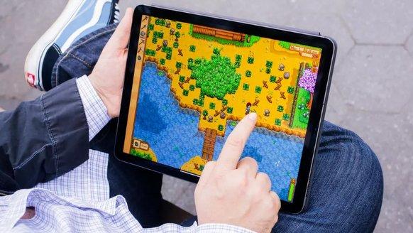 """iPad Pro'yu """"büktüler"""""""