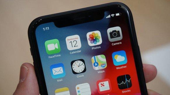 iPhone, LCD'yi ne zaman bırakacak?