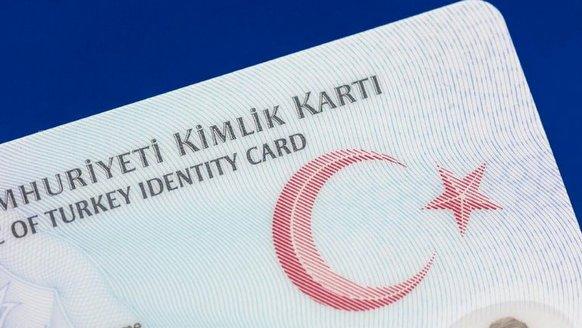 Ehliyet ve kimlik birleştirmek için ne kadar başvuru geldiği açıklandı