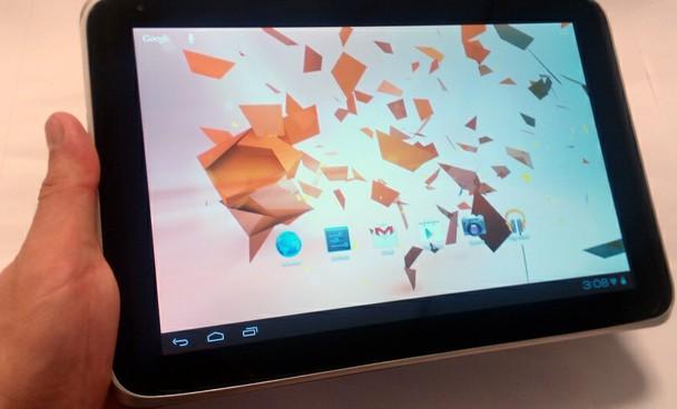 Intel Atom işlemcili tablet testte!