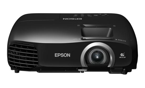 Epson EH-TW5200, test merkezimizdeydi.