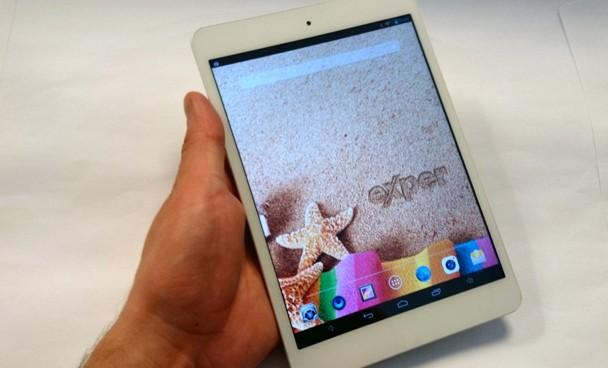 Mini tablet EasyPad T8Q'yi inceledik.