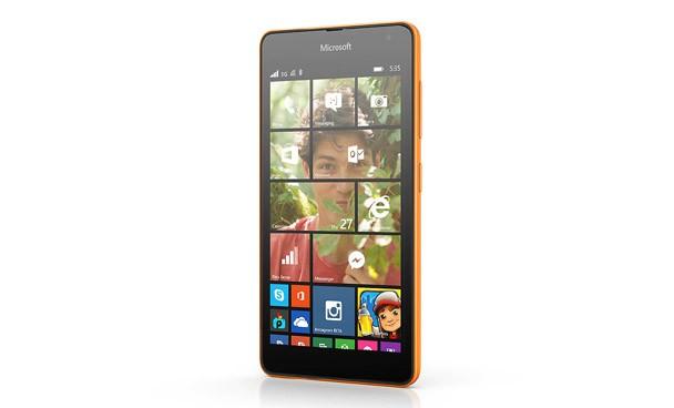 Sonunda Microsoft, ilk Lumia cebiyle bizlerle