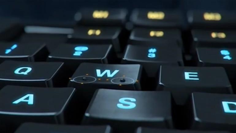 İyi bir oyuncu klavyesi isteyenlere...