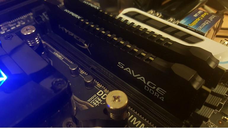 Savage DDR4'lerini test sistemimize takıyoruz