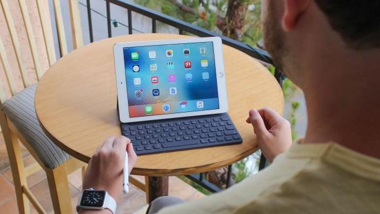 Yeni Pro, 9.7 inçlik iPad elimizde