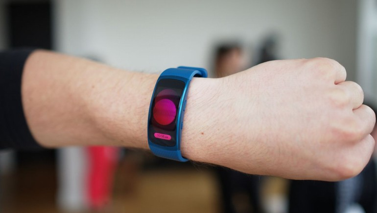 Samsung Gear Fit 2'yi kolumuza taktık!