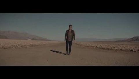 DeLorean'in geri dönüşü için müthiş bir video!