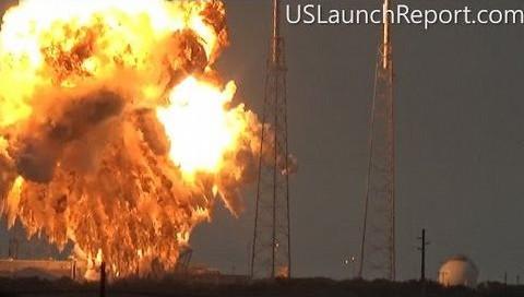 SpaceX'e göre patlamanın nedeni helyum kaçağı!
