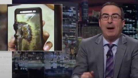 John Oliver, Samsung'la Acımasızca Dalga Geçti!