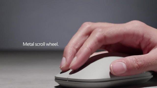 """İşte Microsoft'un """"Modern"""" Klavye ve Faresi"""