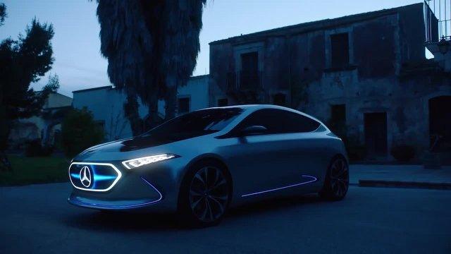 İşte Mercedes'in Büyüleyen EQA Konsepti