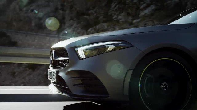 Mercedes-Benz A-Serisi MBUX ile ilgi çekiyor.