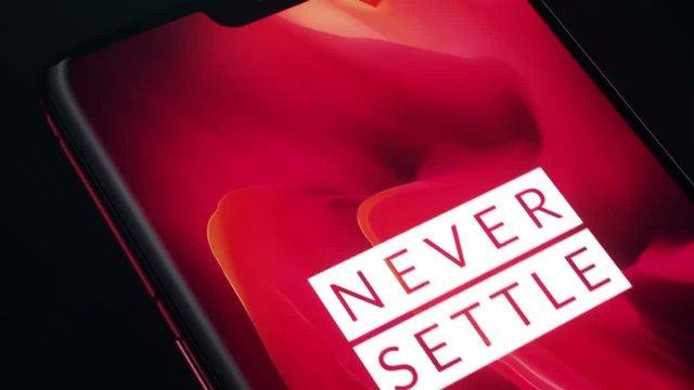 OnePlus, Yaratıcılığı Biraz Abarttı!