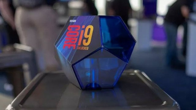 Intel Core i9-9900K Video İnceleme