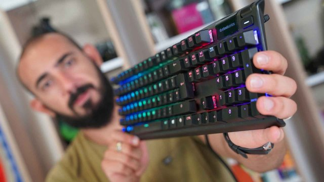 SteelSeries Apex Pro Video İnceleme