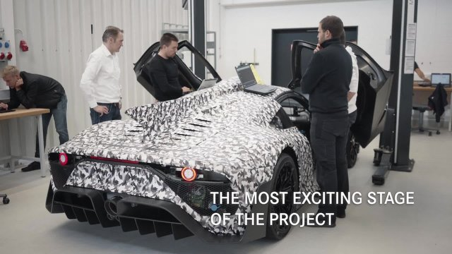 Mercedes-AMG'nin Süper Otomobili One, Tam Pist Testine Hazır