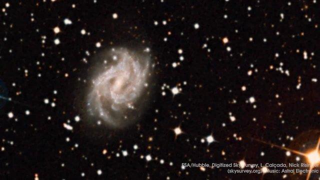 Hubble'dan Etkileyici Yıldız Patlaması Videosu