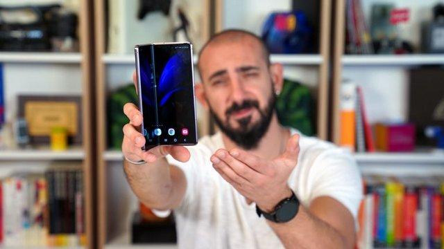 Samsung Galaxy Z Fold2 5G Video İnceleme