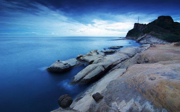 Каменистый и скальный берег скачать