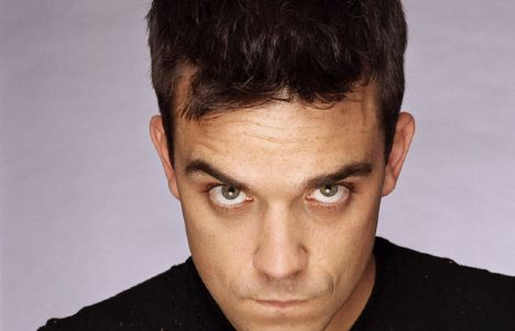 12. Robbie Williams hamster yiyor