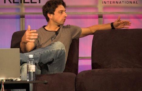 5. Sergey Brin, Jimmy Wales ile çıkıyor